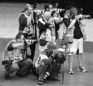 Photojournalists_bw